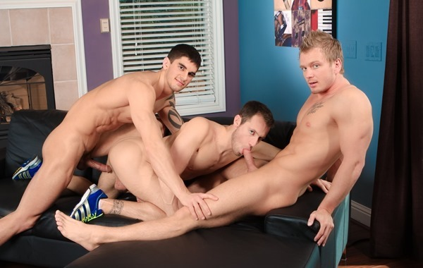 next-door-buddies-working-out-hard-sex